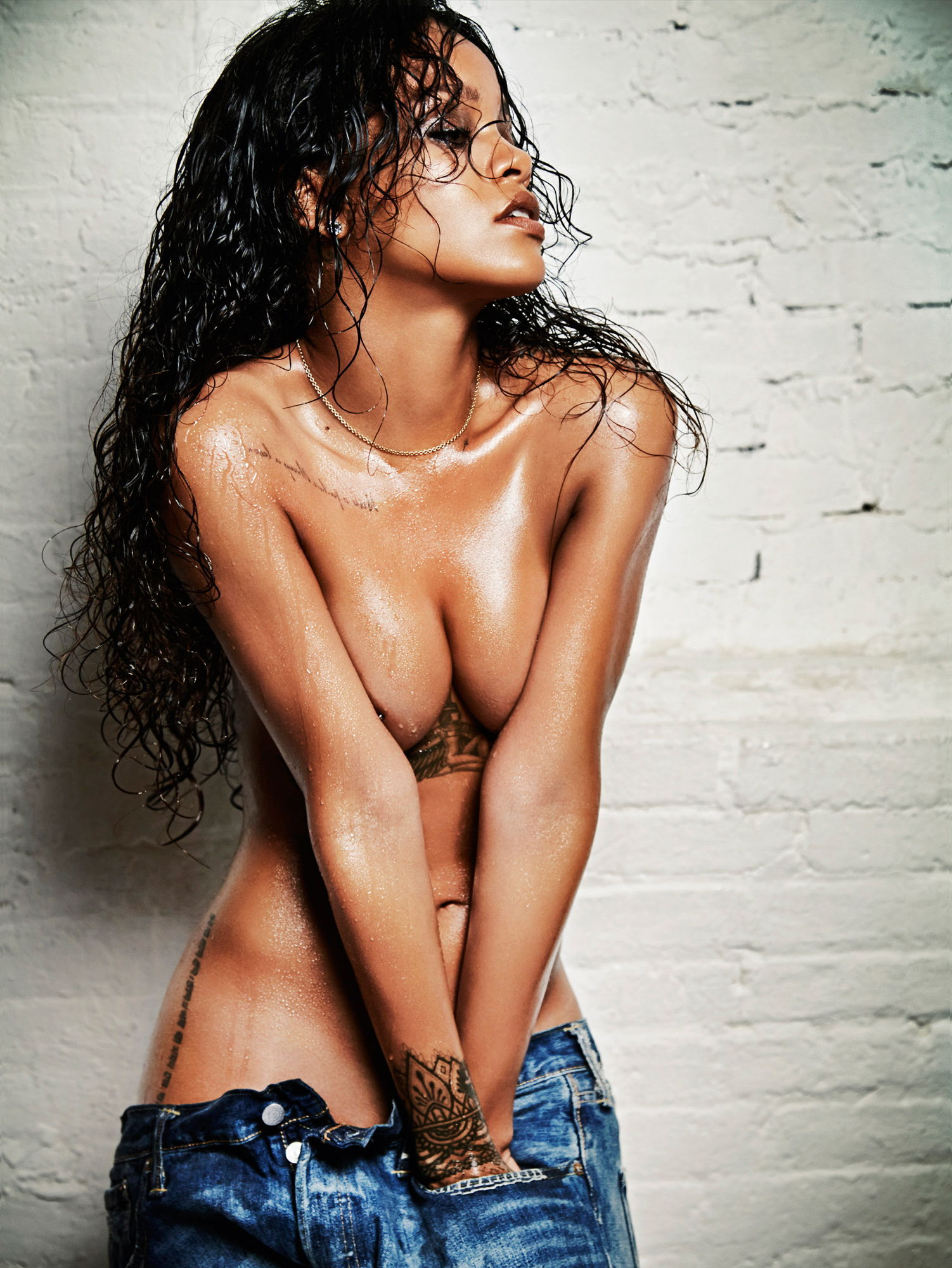 Free nude celebrity pictures sexy rihanna, celebrity goes naked, hot bare naked ass nipple exposed