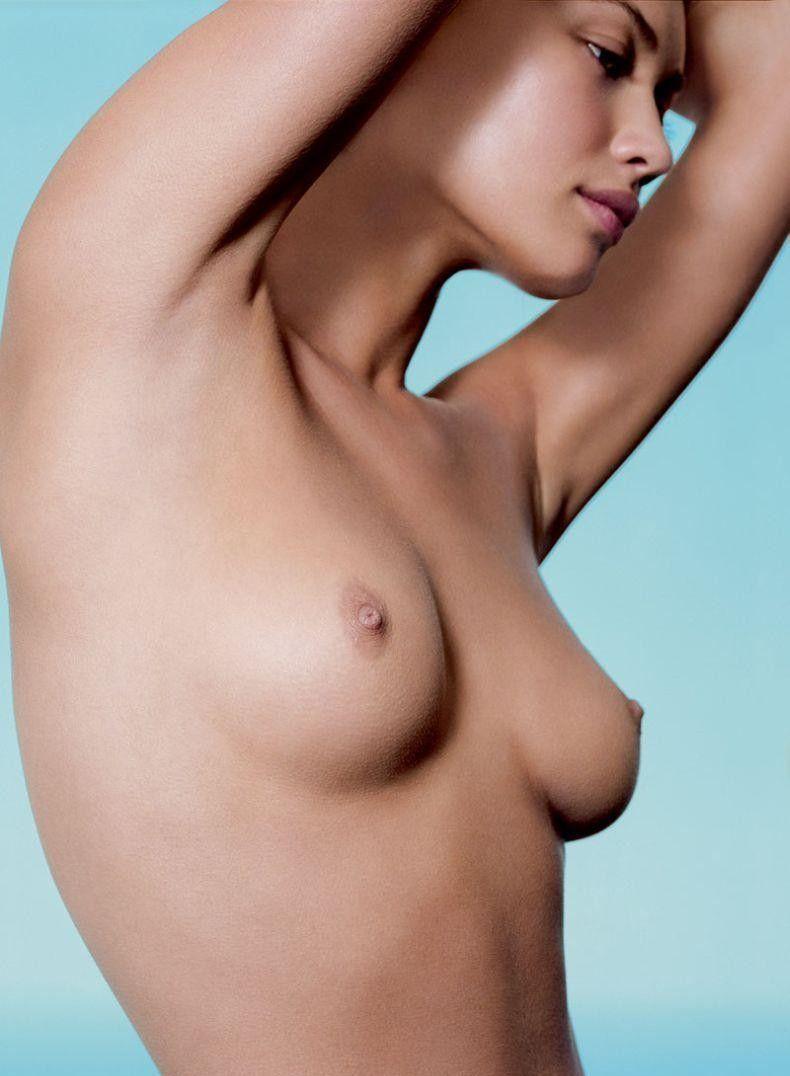 Olga kurylenko pose and modeling totally nude