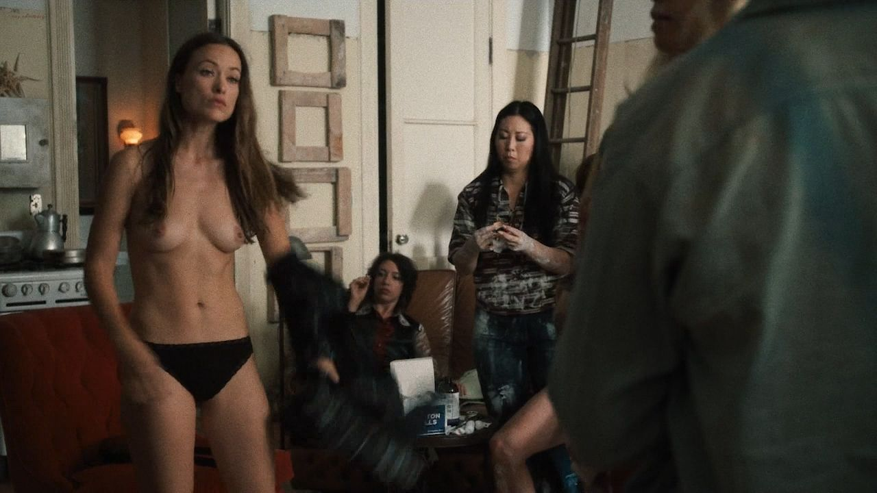 Olivia Wilde Running Down A Hall Totally Naked Porn Pic