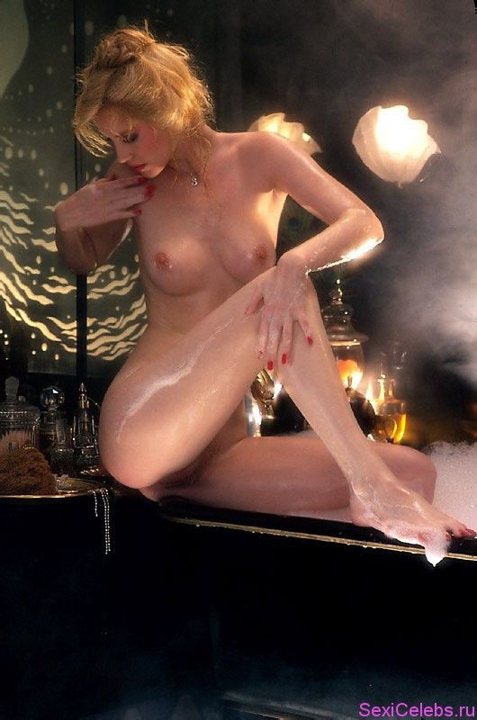 Free preview of shannon tweed naked in dead sexy