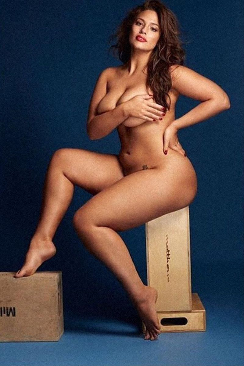 Ashley graham shows off armpit hair in nude photo for birthday