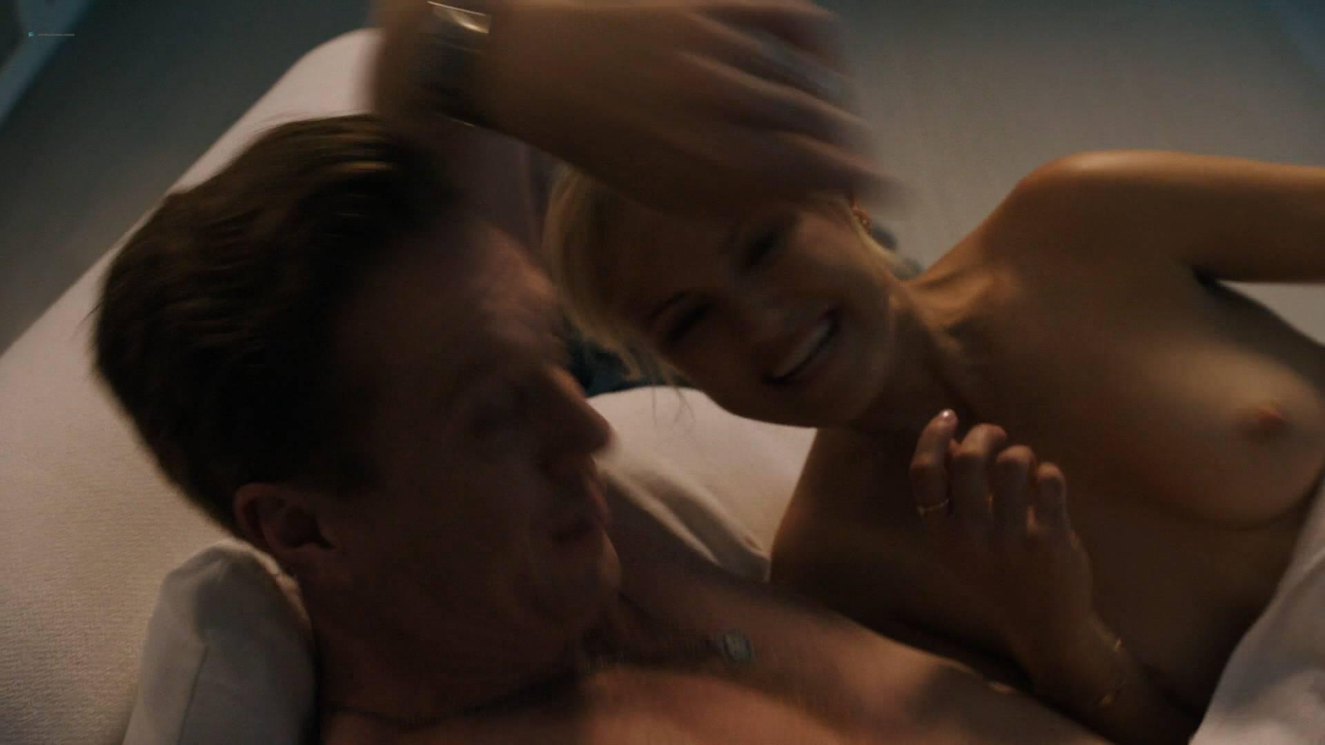 Malin Akerman Nude Topless And Sex In Pool